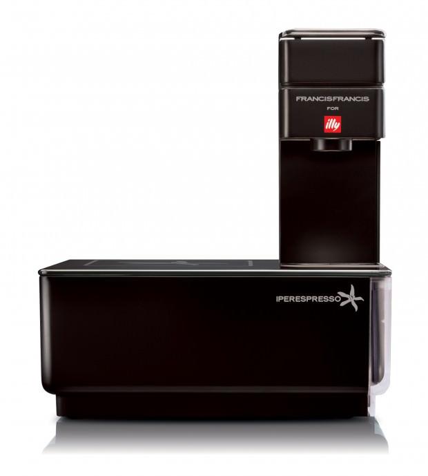 Illy's Y1 Touch ''Pure Black'': Elegant Minimalist Coffee Machine