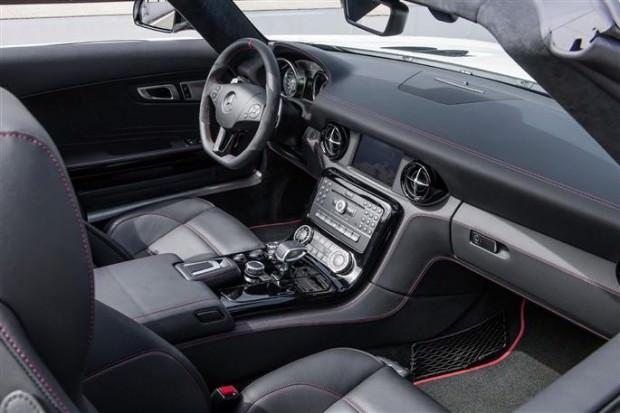 la-sls-amg-coupe-electric-drive-Interieur