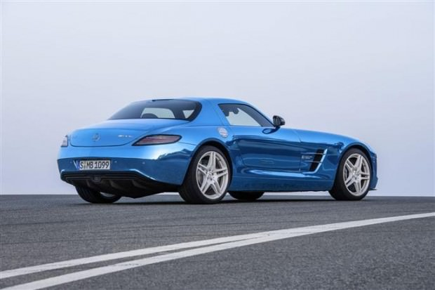 la-sls-amg-coupe-electric-drive-arriere