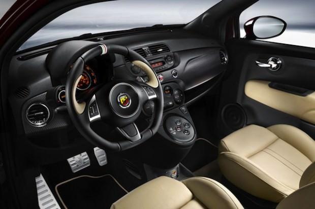 Fiat_Abarth_695_Edizione_Maserat-nterior
