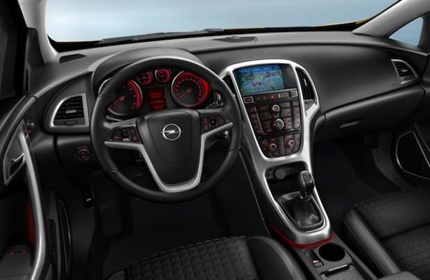 Opel-GTC-interior
