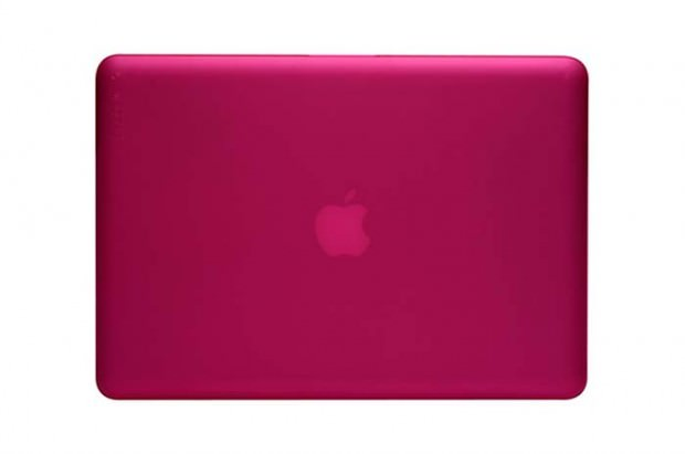 incase-macbook-pro-hardshell-case-1-GUSMEN
