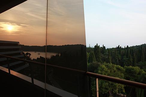 Lone-window-view