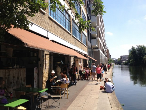 Towpath Cafe on the Hoxton Canal