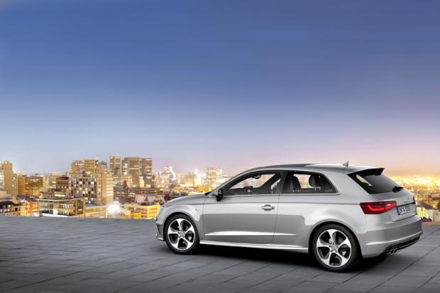Audi-A3-skyline-night