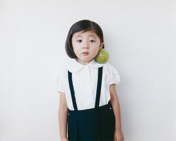 Osamu-Yokonami-100-children-03-courtesy-of-Emon-Photo-Gallery