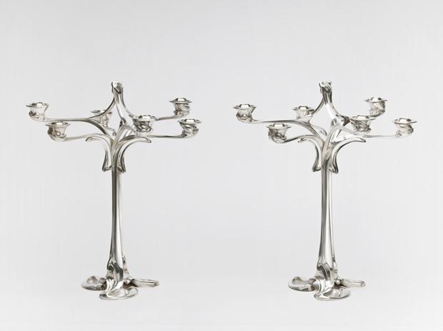 2-chandeliers
