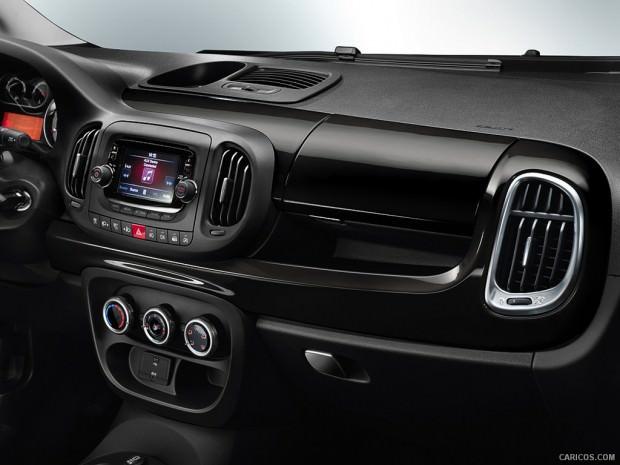 Fiat-500l_trekking-Interior-dash-board