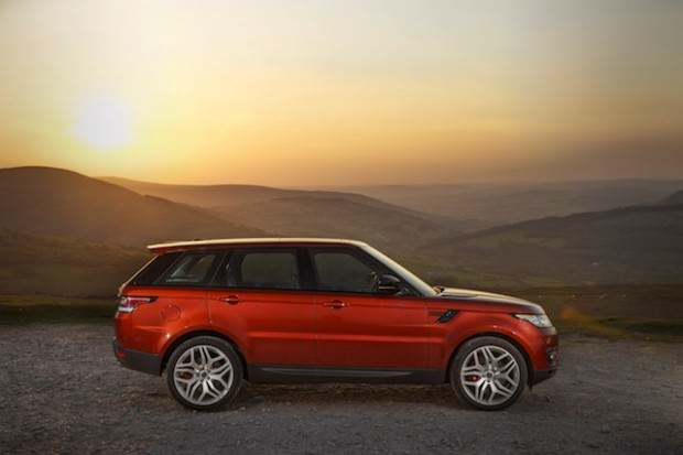 Range Rover Sport 2014: More Luxurious, More Efficient and Better to Drive than Ever Before