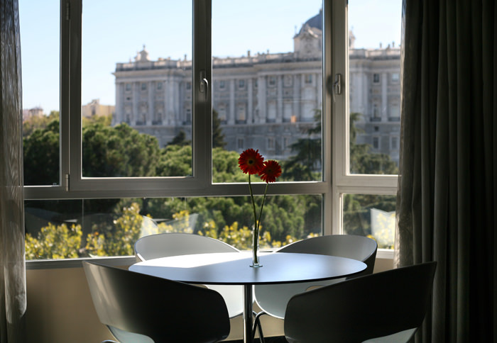 Apartosuites Jardines De Sabatini in Madrid: A Room with a Royal View