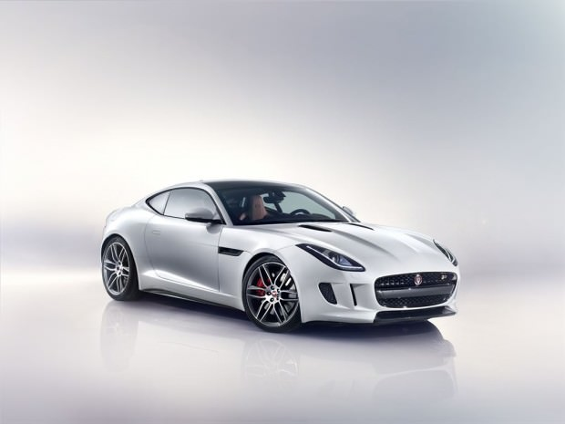 Jag_F-TYPE_R_Coup__Polaris_Image_201113_15_LowRes