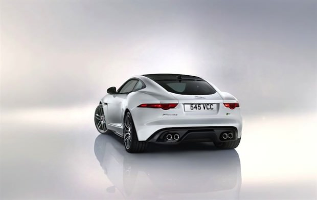 Jag_F-TYPE_R_Coup__Polaris_Image_201113_19_LowRes-1